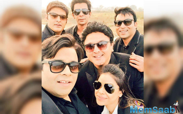 We are very exited to watch Kapil's new show on Sony, titled comedy night style, Kapil gang with a new look in black, is that say something about their show?