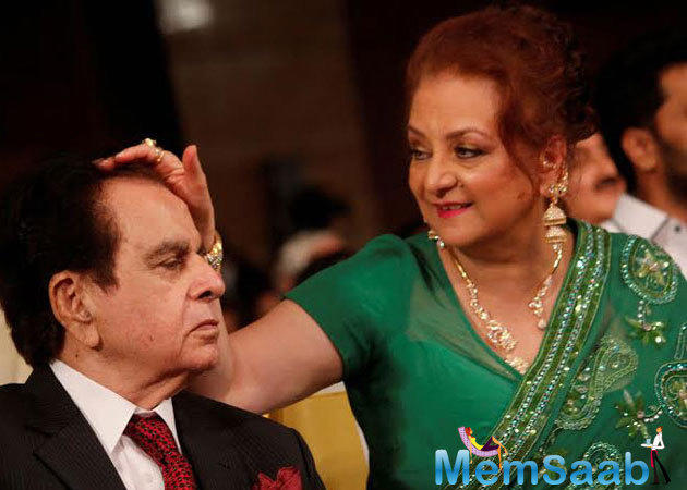 Dilip Kumar has been acquitted by a Mumbai court in an 18-year-old case, allegedly about a bouncedcheque. Legendary actor Dilip Kumar was not present in court but his wife Saira Banu has present here.