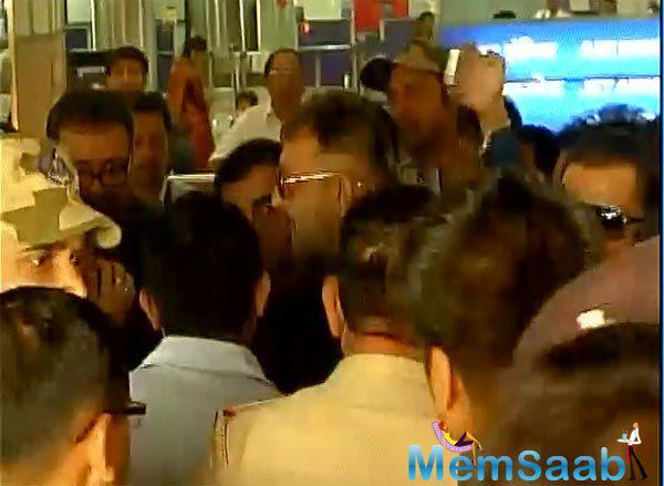 Sanjay Dutt mobbed by crowds at the airport, finally Sanjay Dutt released from the 1993 Mumbai serial bomb blasts case.