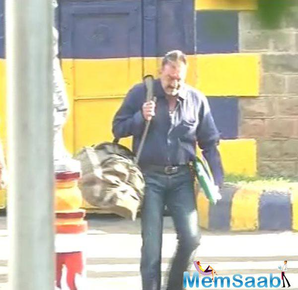 Sanjay Dutt was released from the Yerwada jail in Pune after his 42 month term