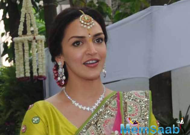 Esha Deol has been away from the prying eyes of the media for quite some time. She was last seen as a mentor on Roadies X2, and now she is back with a bang.
