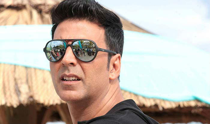 Akshay Kumar arrived in Chennai on Sunday to join the sets of superstar Rajinikanth's magnum opus 2.o.