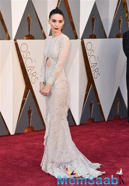 This nominated actress' Rooney Mara look is equally as fabulous as her portrayal of Therese in