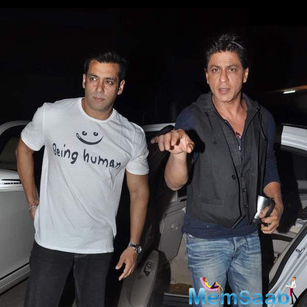 Shahrukh Khan and Salman Khan are share sweet bong with each other these days, where Salman Khan confessed, he is a Jabra fan of Shah Rukh Khan.