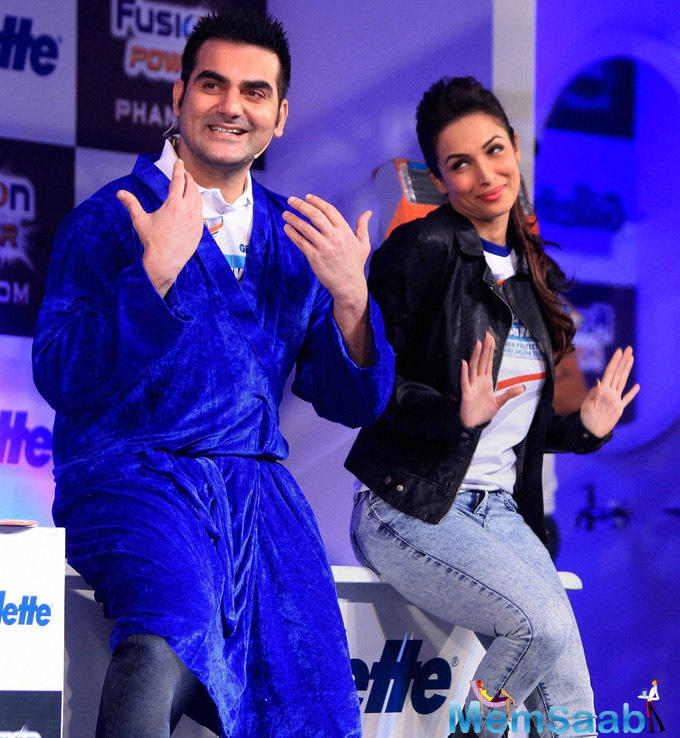 We all know a rumour how much ripe about Arbaaz and Malaika split. Arbaaz, who has been married to Malaika for the past 17 years and has been in the midst of rumours of a split, says he is possessive about his wife and is afraid of losing her.