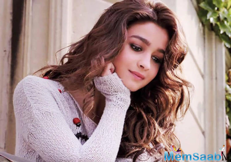 Bollywood's beautiful damsel Alia, who will turn 23 on 15 March, will ring in her birthday with a new house that she is going to gift to herself.