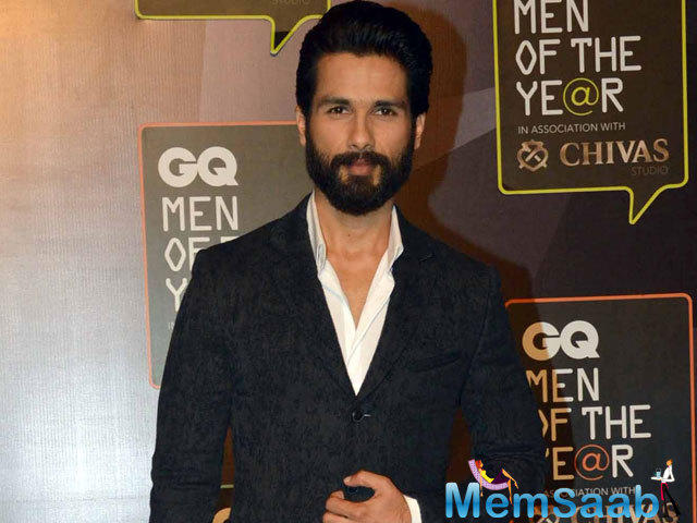 Shahid Kapoor too has good things to say about his co-star. Saif that he is very professional nobody can  pull off this role like him.