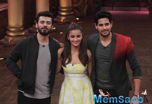Alia Bhatt, Sidharth Malhotra and Fawad Khan promote their movie 'Kapoor & Sons' at Mithibai College.