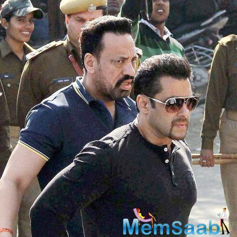 On Thursday morning, Salman left his Galaxy Apartments in Bandra to head to Jodhpur to record his statement in the arms act case.