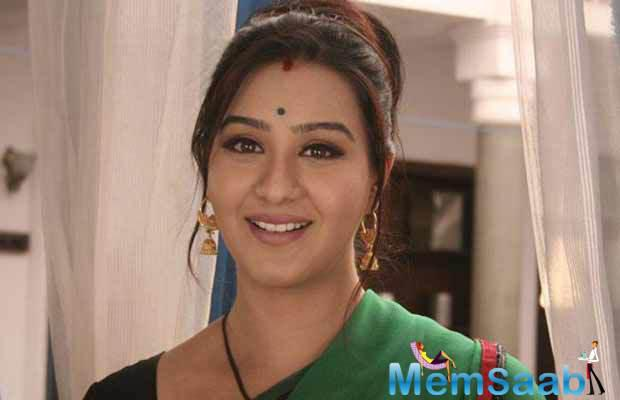 If sources to be believed, The most popular 'Bhabhi' Shilpa Shinde aka Angoori from 'Bhabhiji Ghar Par Hain' approached for The Kapil Sharma Show'