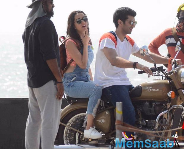 The former couple was spotted at Mumbai's Marine Drive yesterday, blasting for what appeared to be a romantic bike ride scene.