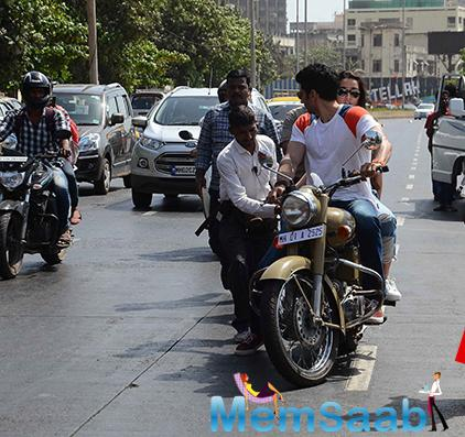 Shraddha and Aditya are currently shooting for Ok Jannu, here a pic they are enjoying bike riding on Mumbai  road.