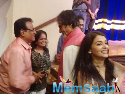 Amitabh Bachchan was spotted enjoying the event with beta Abhi and bahu Ash, However, Jaya Bachchan was missing there.