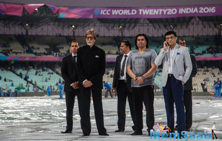 He said to the reporters, Amitabh Bachchan takes more time to sing our national anthem and also used the word 'Sindhu' in place of 'Sindh' while singing the anthem.