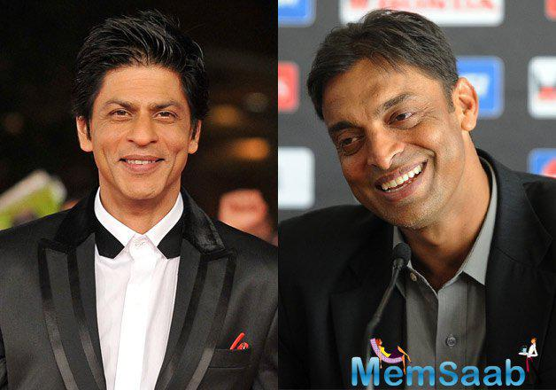SRK will be connecting the former Pakistani pacer Shoaib Akhtar in the commentary box for the first 30 minutes of the match.