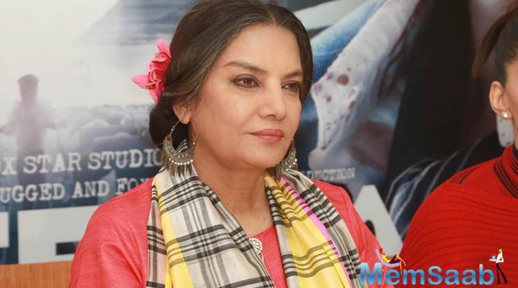The 65-year-old actress Shabana even appreciated director Shakun Batra and fillmaker Karan Johar for the film.