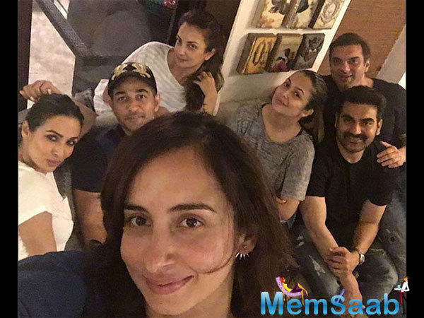 In the picture shared by Amrita Arora on her official Instagram account, we see Malaika and Arbaaz Khan partying with their family members Amrita Arora and her husband Shakeel, Sohail and his wife Seema.