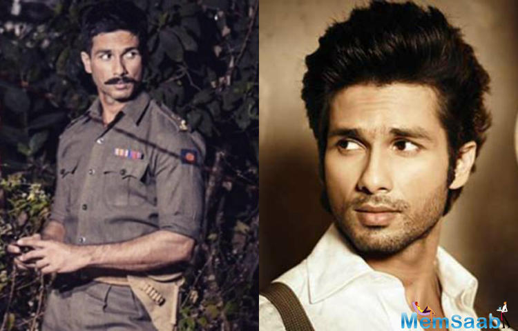 Shahid Kapoor, who is currently shooting for his next film 'Rangoon', has maintained a rugged officer look for the film.