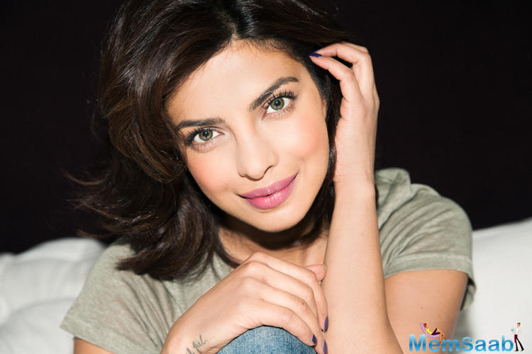 It all issue gets started when Prakash accused Priyanka Chopra of not clearing his dues and her father for the whole incident.