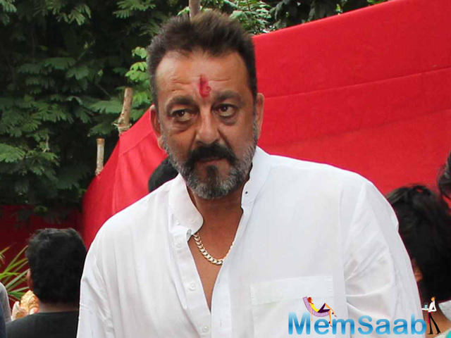There were tough rumors that filmmaker Sujoy Ghosh met Sanjay Dutt when he was home during his month-long parole, to act in a modern-day version of Kabuliwala 1961