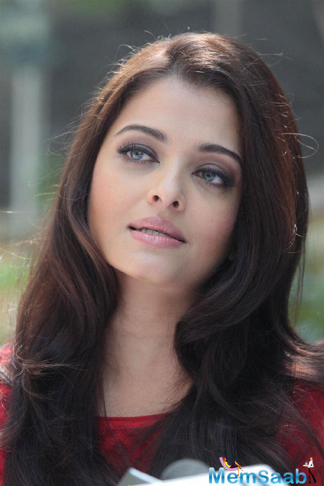 As per the reports, the makers met Aishwarya a few times and are waiting for a go-ahead.