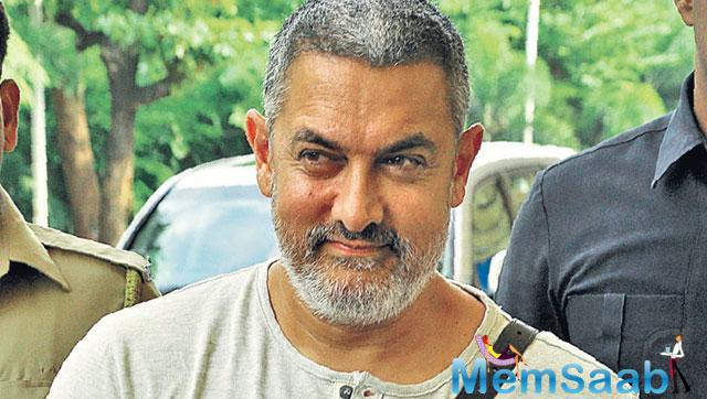 A lot of his friends from the industry have been reaching out to Aamir Khan, asking him how he managed to lose the extra weight.