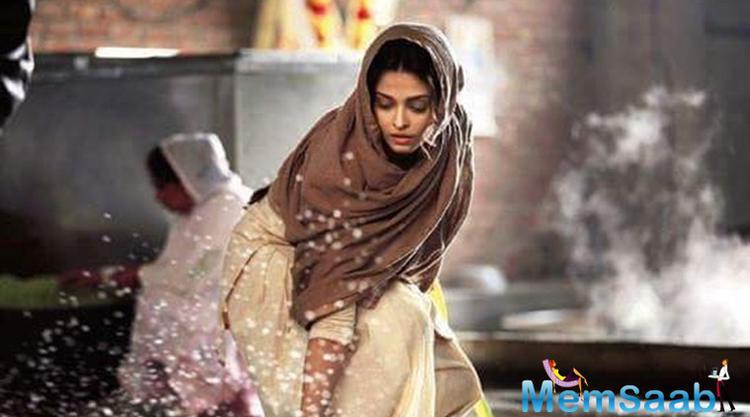 Umang Kumar, who is the director of Sarbjit said, I was amazed with Aishwarya's dedication in Sarbjit, how she filmed a crucial sequence in the movie.