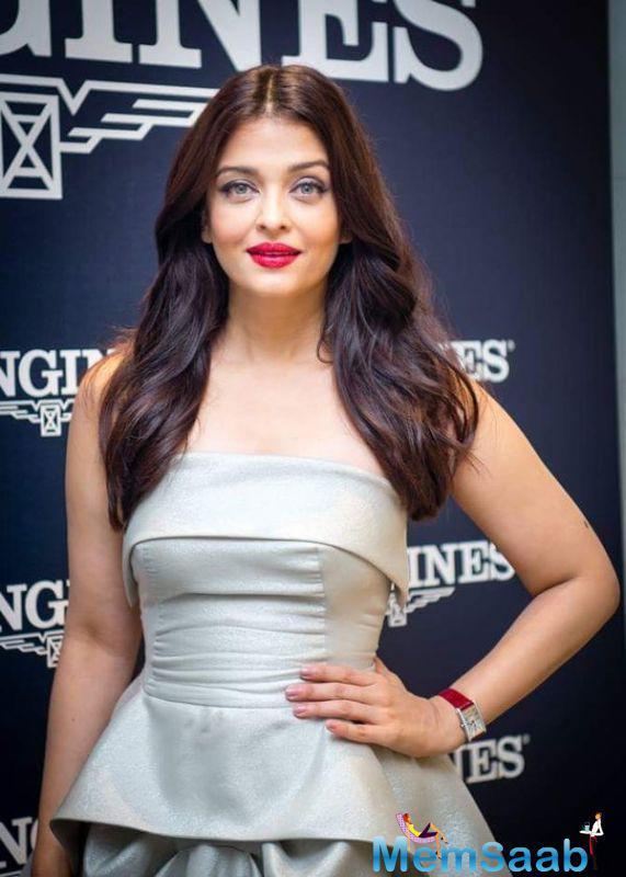 On the work front, Aishwarya Rai Bachchan made her Bollywood comeback with director Sanjay Gupta's 'Jazba'