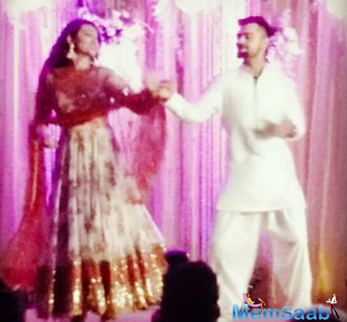 At the sangeet ceremony of Rohit Sharma held last year in the month of December, Virat Kohli showed off his dancing skills.