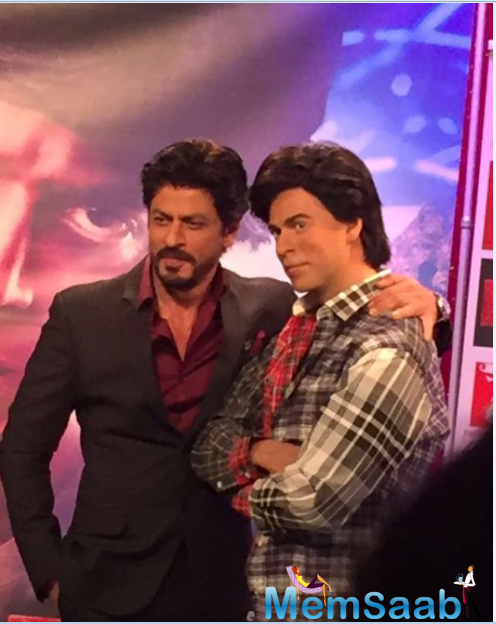 Shah Rukh Khan will be seen in a double role- as superstar Aryan Khanna and his biggest fan and also doppelganger Gaurav in 'Fan'.