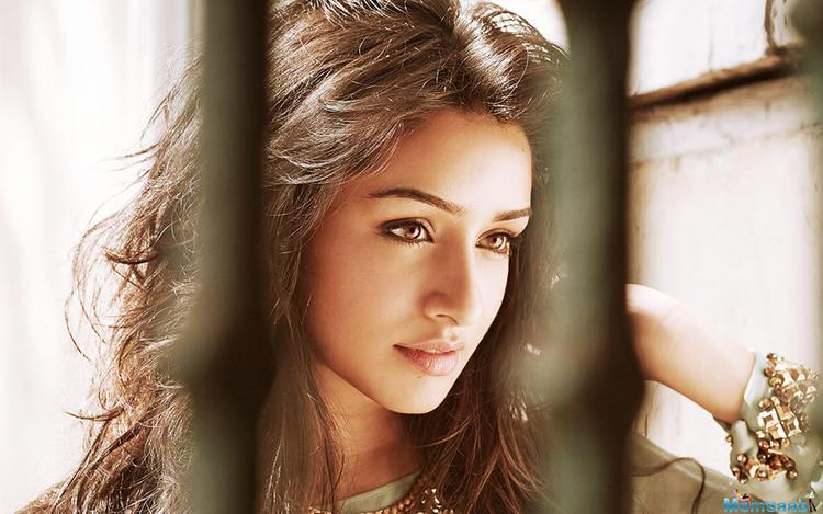 The actress Shraddha Kapoor will soon be seen sharing screen space with actor Tiger Shroff for the first time in the film