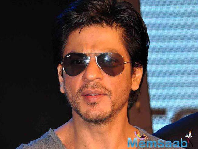 """When Jagpreet came on stage to perform the song """"Kal ho na ho"""", Shah Rukh Khan got impressed by his talent and joined him on stage to perform with him."""