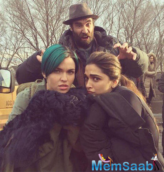 Deepika along with Ruby Rose and Kris Wu were seen goofing around in cold while getting clicked. The cast and crew are presently filming in Hamilton, Canada.