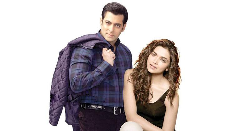 For a longer time fan's are waiting for Deepika and Salman pairing and finally it is happening, they both get together for Kabir Khan's next .
