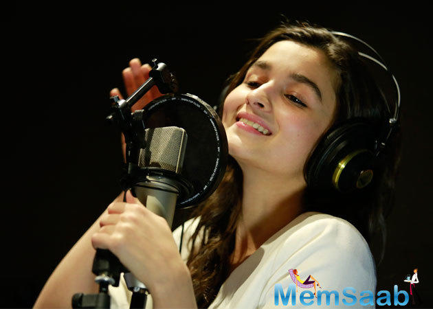The 23-year-old actor Alia has earlier lent her voice to 'Sooha Saha' from 'Highway' and has sung the unplugged version of 'Main Tenu Samjhawan' from 'Humpty Sharma Ki Dulhania.'