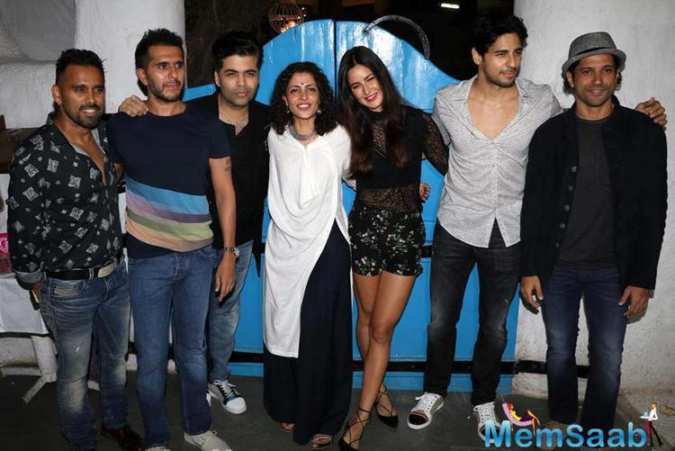 Katrina and Sidharth were posed with their director Nitya Mehra and friends Karan Johar, Farhan Akhtar, producer Ritesh Sidhwani and choreographer Bosco.