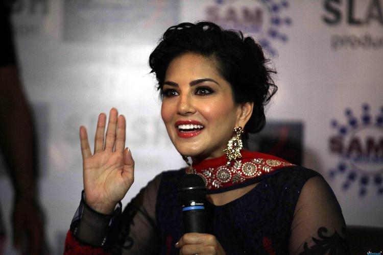 Sunny Leone, who recently shared the screen space with Shah Rukh Khan for a song in his forthcoming movie