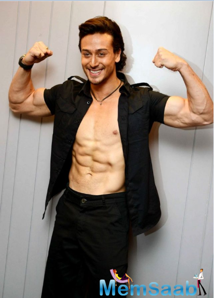 'Baaghi' will be Tiger Shroff's second Bollywood film, since his 2014 debut 'Heropanti'.He showed off his ripped abs as he posed for pictures at the Baaghi promotional event in Delhi.