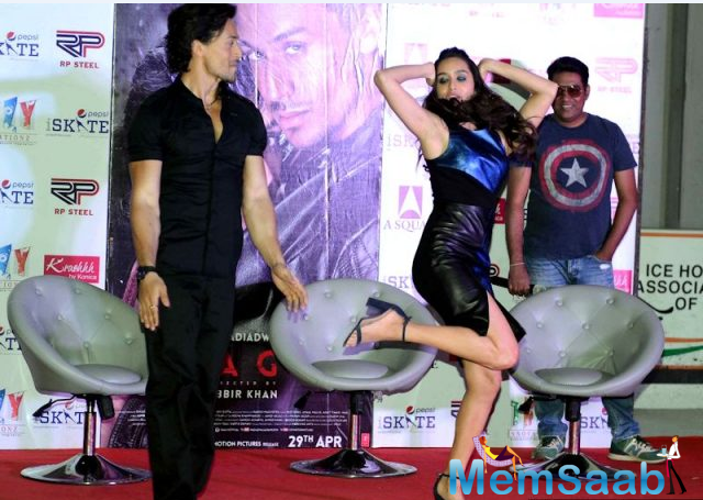 The media and fans asked duo to groove together and of course, the two obliged them by dancing to their film's songs.