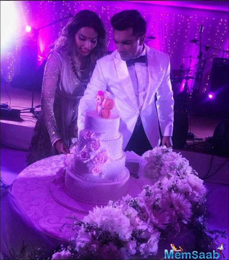 Bipasha Basu and Karan Singh Grover, who know each other since their film Alone, named their marriage ' Monkey wedding'