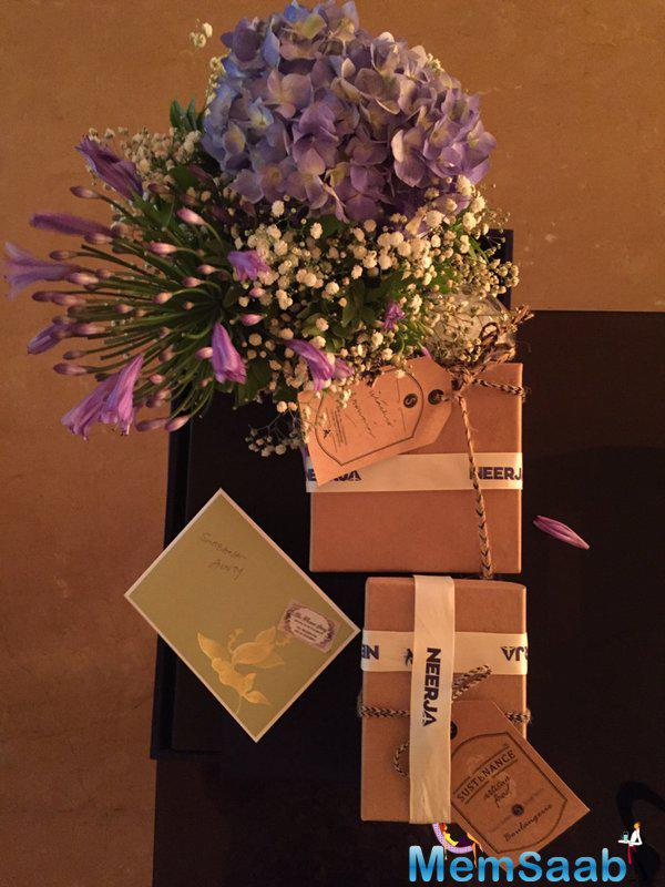 Shabana posted an image of flowers and unopened gifts that the actress received from Sonam on Mother's Day on Sunday.