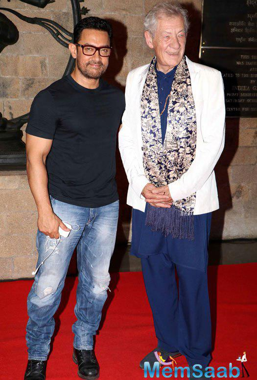 Bollywood perfectionist Aamir Khan and veteran British actor Ian McKellen clicked at the MAMI film club