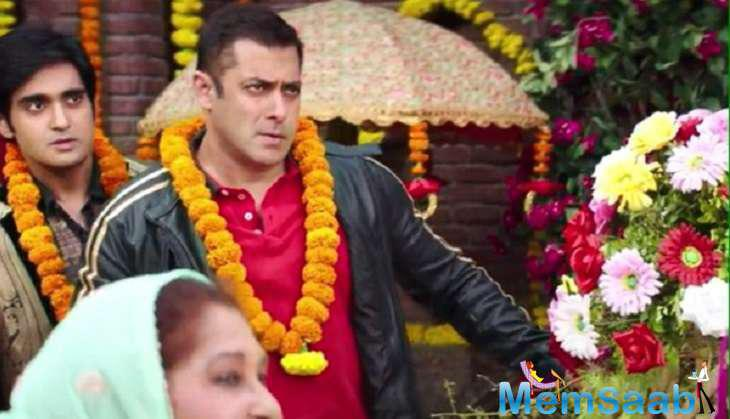 The song features Salman Khan and Anushka Sharma in a whole new desi avatar. In the song, Salman gate crashes a wedding to woo the woman of his dreams Anushka