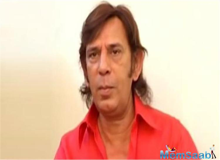 Bollywood actor and comedian Razak Khan died on Wednesday after a massive heart attack.