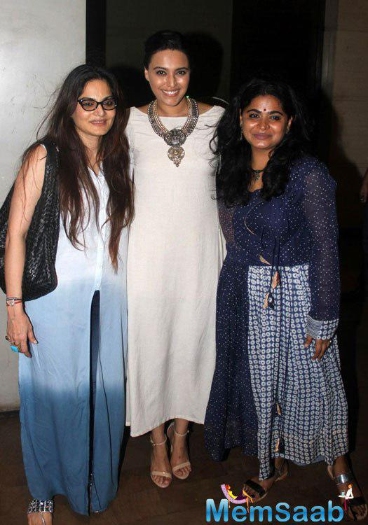 Salman Khan's sister Alvira Agnihotri was also attended the special screening of Nil Battey Sannata