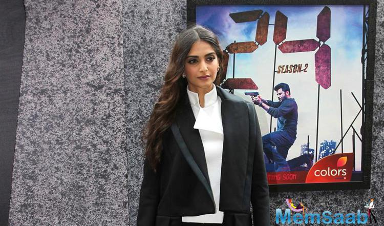 Sonam also attended the trailer launch of her Dad's TV show  '24: season 2', and she was seen wearing a Dice Kayek suit for this event