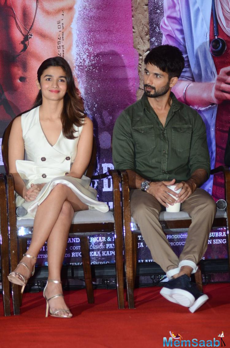 Further, he added, people should give some credit to his co-star Alia Bhatt, who is