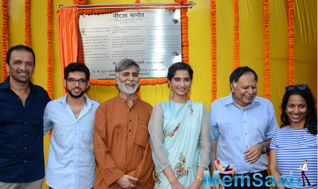 Sonam inaugurated the Neerja Bhanot chowk that is located next to the late flight attendant's school Bombay Scottish School in Mahim. The inaugural event was attended by the renowned photographer and Neerja's producer Atul Kasbekar