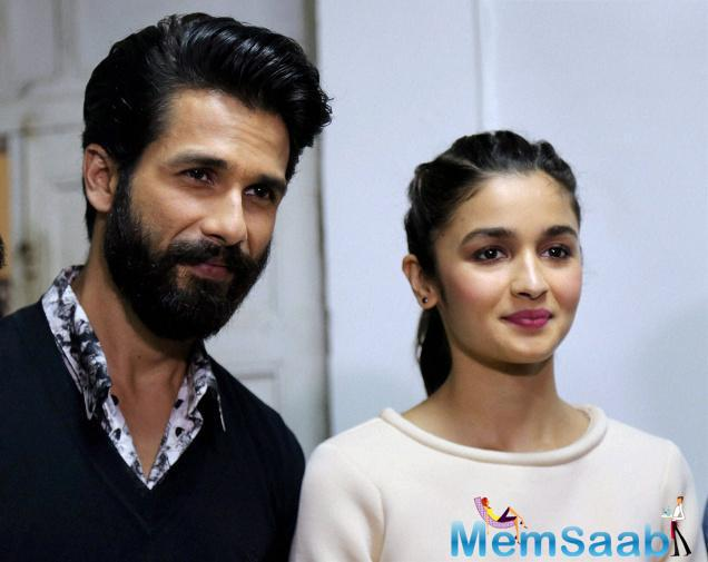 On Shahid's complement, Alia said she would be glad if she wins the award, but audience approval matters the most.