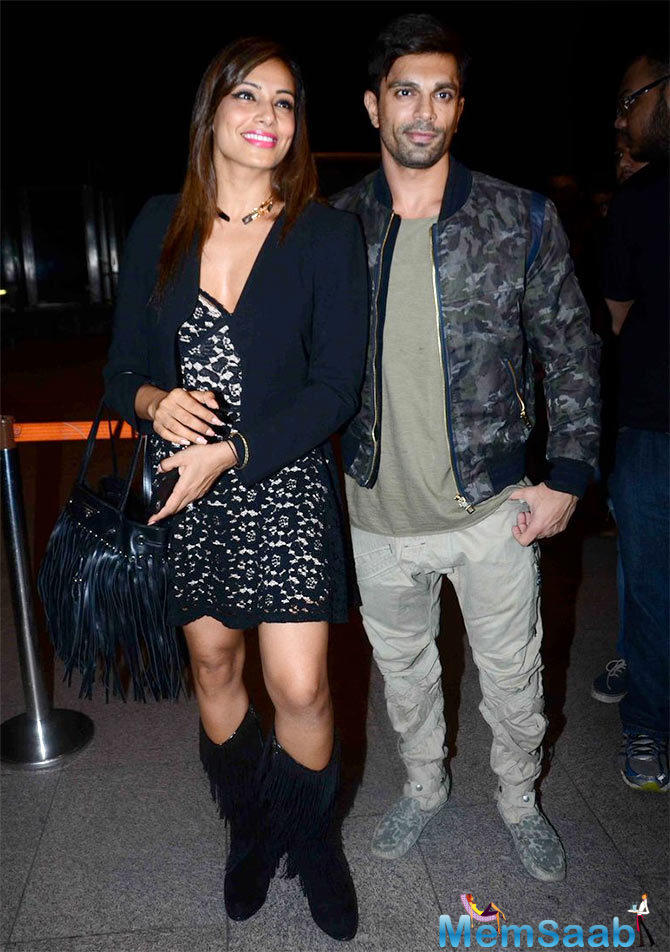 This Bollywood newly wed couple  Bipasha Basu and Karan Singh Grover were spotted in the airport.